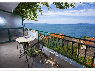 Apartmani Kunac: Apartment 2 - Podgora vacation rentals