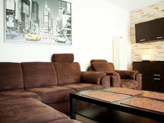 Apartment4you Garbary 2 - Poznan vacation rentals