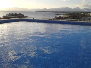 Salou - central, quiet, close beach, 4-7 persons - Calafell vacation rentals