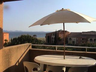 Flat Overlooking The Sea - La Londe Les Maures vacation rentals