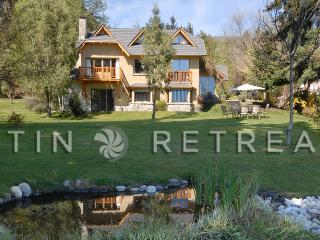 Luxury 3 Bedroom/3 Bath (H26) 5 MINUTES TO TOWN!! - San Carlos de Bariloche vacation rentals