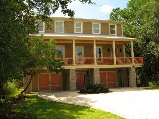 1014 Bay Street - Built with the Family Vacation in Mind - The Pelican House - Small Dog Friendly - FREE Wi-Fi - Tybee Island vacation rentals