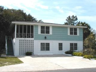 #17 13th Street - Less than a Block from the Beach - FREE Wi-Fi - Tybee Island vacation rentals