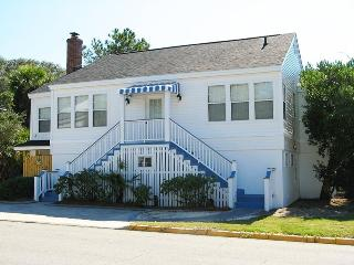 #19 13th Street - A Great Tybee Beach House in a Terrific Location - FREE Wi-Fi - Tybee Island vacation rentals