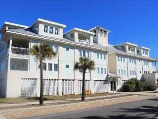 Captain's Watch - Unit 15 - One Block from the Beach - Close to Shops - Swimming Pool - FREE Wi-Fi - Tybee Island vacation rentals