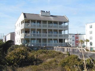 Sand Castle Beach Club - Unit 6 - Swimming Pools - FREE Wi-Fi - Restaurant - Tybee Island vacation rentals