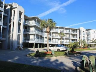 Savannah Beach & Racquet Club Condos - Unit C201 - Ocean Front - Swimming Pool - Tennis - FREE Wi-Fi - Georgia Coast vacation rentals