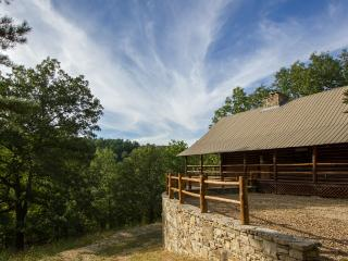 Cinnamon Valley - 'The Cattleman' - Holiday Island vacation rentals