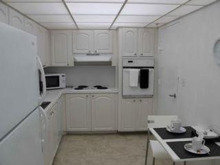 Hollywood Beach Bay View Apartment! - Hollywood vacation rentals