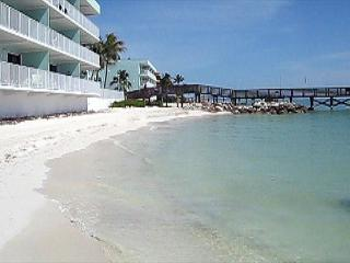Tropical condo with spectacular ocean view - Key Colony Beach vacation rentals