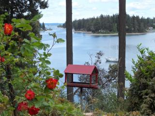 Elegant Waterfront Manor with Private Beach! - Seattle vacation rentals