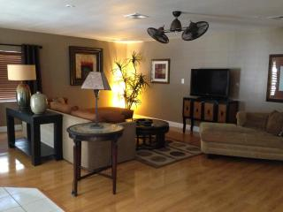 $3000 mnth Modern,clean-Golf Resort - Cathedral City vacation rentals