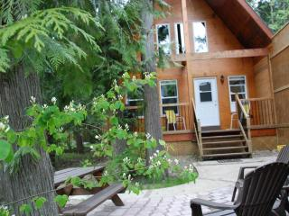 The Monashee Cabin @ Griffin Lake near Revelstoke - Revelstoke vacation rentals