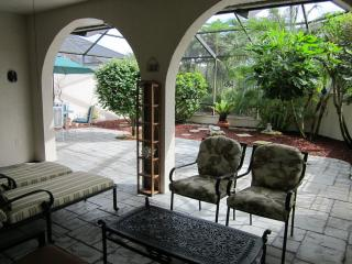 Stunning Townhouse w/ Private Patio Close to Beach - Bonita Springs vacation rentals