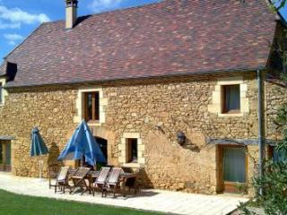 Fabulous Traditional French Holiday Home - Castelnaud-la-Chapelle vacation rentals