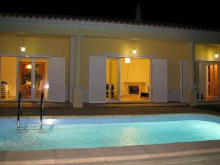 Villa to rent Algarve with private swimming pool - Algoz vacation rentals