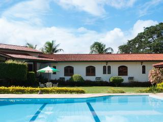 Colonial house in luxury condo - State of Bahia vacation rentals