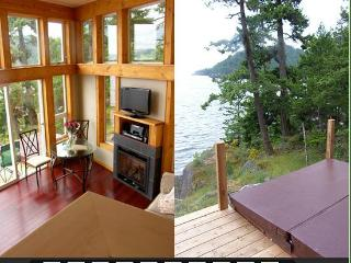Bowen Waterfront Cottage - Bowen Island vacation rentals