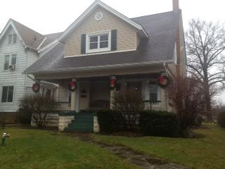Clean, Cozy and Centrally Located!! - Cleveland vacation rentals