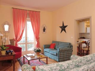Cosy Apartment walking distance from centre - Sirmione vacation rentals