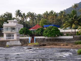 River's Edge Luxury Riverside Villa, Athirappilly - Chalakudy vacation rentals