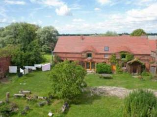 Vacation Apartment in Angermünde - 603 sqft, countryside, quiet, comfortable (# 4894) - Oberuckersee vacation rentals