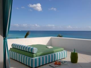 3 Bedroom Villa in Terres Basses overlooking the Caribbean Sea - Cupecoy vacation rentals