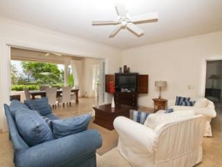 Lovely 3 Bedroom Beachfront Apartment in Schooner Bay - Speightstown vacation rentals