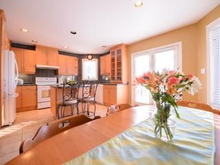 Cozy Corner Bungalow - June Discounts! - Niagara Falls vacation rentals