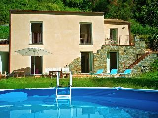 New modern and cosy house with private pool - Ricco del Golfo di Spezia vacation rentals