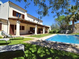 Beautiful Villa Majorca with pool acc and wifi - Vilafranca de Bonany vacation rentals