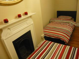 Two bedroom apartment in the heart of London's West End - London vacation rentals
