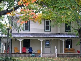 Daverne Farmhouse 1815 - Bloomfield vacation rentals