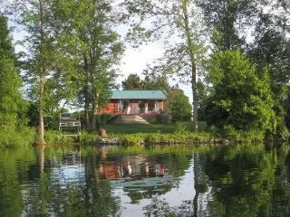 Harinui Farm - The Kuia House - Prince Edward County vacation rentals