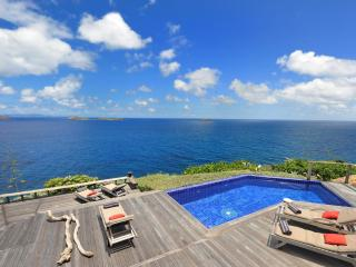 4 Bedroom Villa with Panoramic Ocean View in Pointe Milou - Pointe Milou vacation rentals