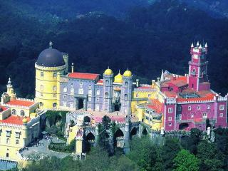 Townhouse in the centre of Sintra - Mafra vacation rentals