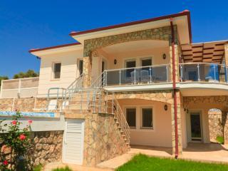 4 bedrooms villa moonlight - Kalkan vacation rentals