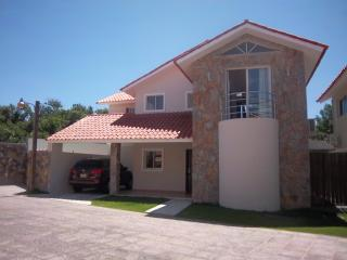 Metro Country Club - Hyampom vacation rentals