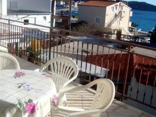 Apartments Jozo - 29571-A2 - Rogoznica vacation rentals