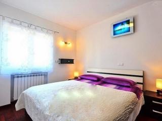 Apartments Stobrec - Stobrec vacation rentals