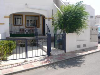 ARENALES BEACH. TV SATELI&WIFI - Gran Alacant vacation rentals