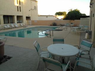 Cool 2 Bedroomcondo Next To Suncities In Surprise - Arizona vacation rentals