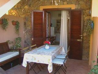 Lovely cottage in Villasimius (Italy) close to the beautiful beaches of Sardinia - Maracalagonis vacation rentals