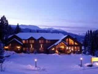 Grand Timber Lodge 2 Bedroom, (Master + bedroom) - Breckenridge vacation rentals