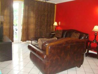 Executive 1 bedroom apt. - Kingston vacation rentals