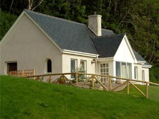 Luxury Loch-side Cottage on Loch Ness - Abriachan vacation rentals