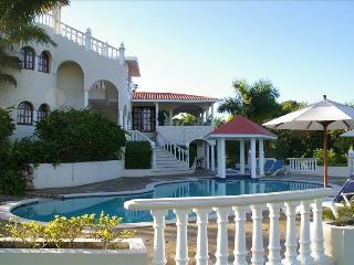 Value & Luxury - 6 Bedroom Dominican Resort Villa - Puerto Plata vacation rentals