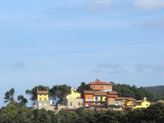 Apartment in San Vincenzo, with sea-view - Collegno vacation rentals