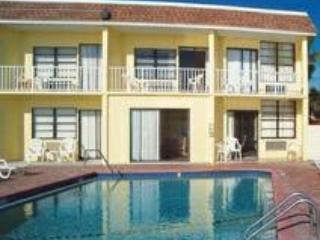 $39 a night 1bed March 1-8 Daytona Beach - Brainerd vacation rentals