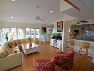 BEAU SOLEIL Luxury oceanfront estate with pool - Emerald Isle vacation rentals